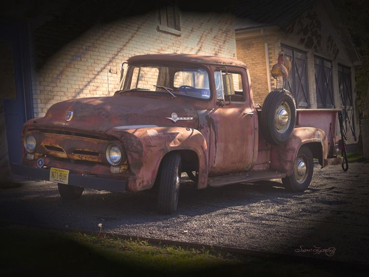 FORD PICK UP TRUCK - SHAYNA PHOTOGRAPHY