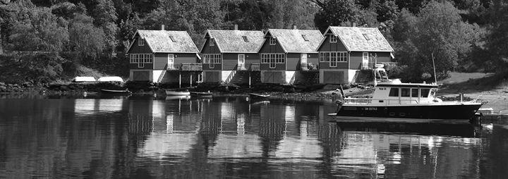 Houses, Aurlandsfjorden Fjord - Dave Porter Landscape Photography