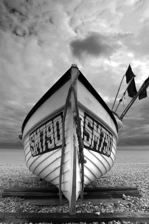 fishing boat on beach, Worthing - Dave Porter Landscape Photography