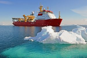 HMS Protector,A173 - MILITARY PHOTO PRINTS  UK